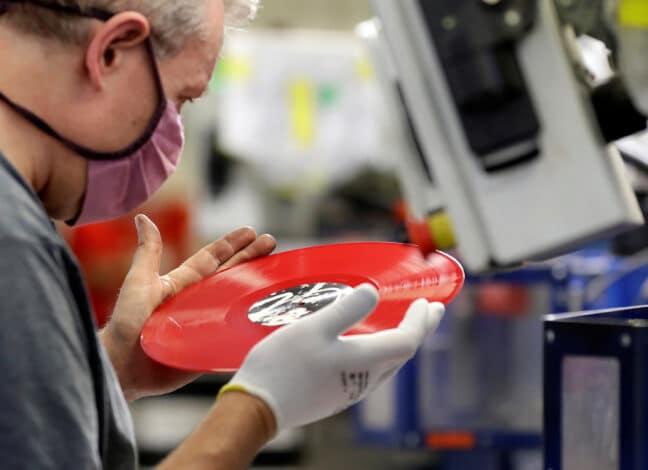 Český výrobce vinylových desek GZ Media těží z pandemického splínu společnosti