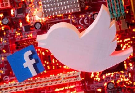 Logo Twitter a Facebook