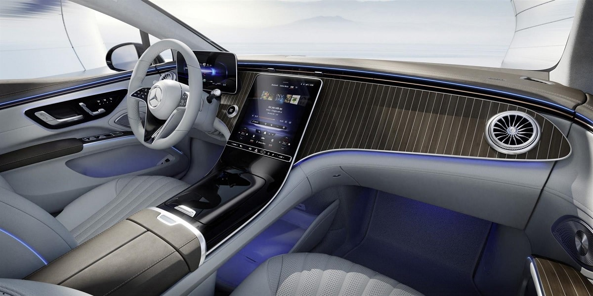 Mercedes ukázal vnitřek EQS