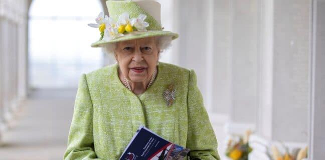 Královna Alžběta slaví 95. narozeniny