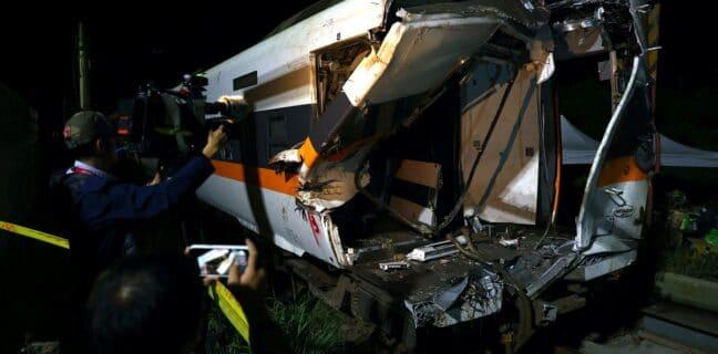 Nehoda vlaku Tchaj-wan. Foto: Reuters