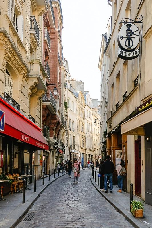 proč milujeme Paříž