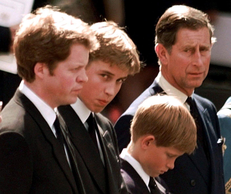 Princové Charles, Harry a William