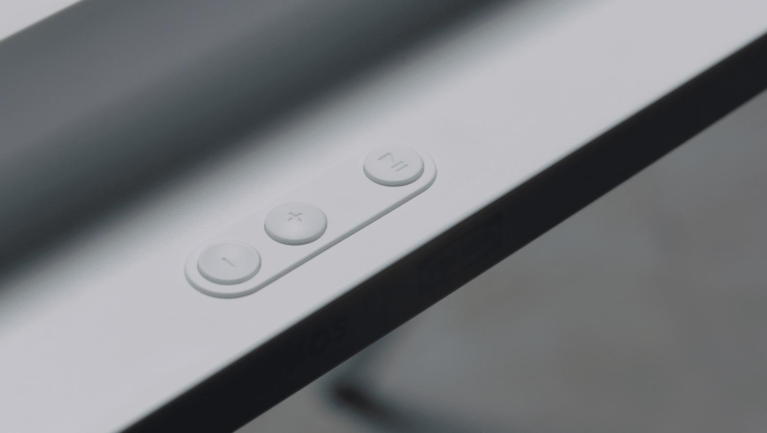 Ovládací tlačítka na zadní straně. Foto: Sonos