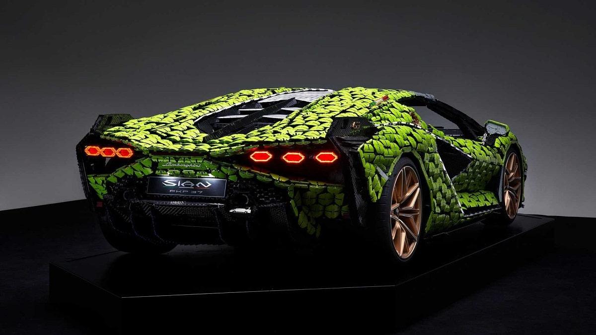 Lamborghini z Lega