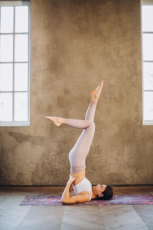 nebezpečné jógové pozice