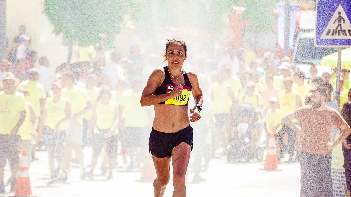dokončit maraton
