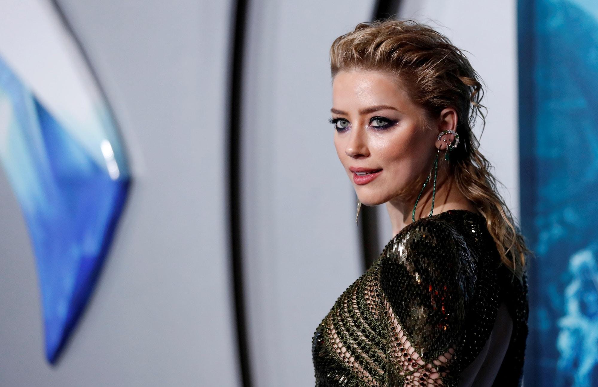 Amber Heard na premiéře filmu Aquaman
