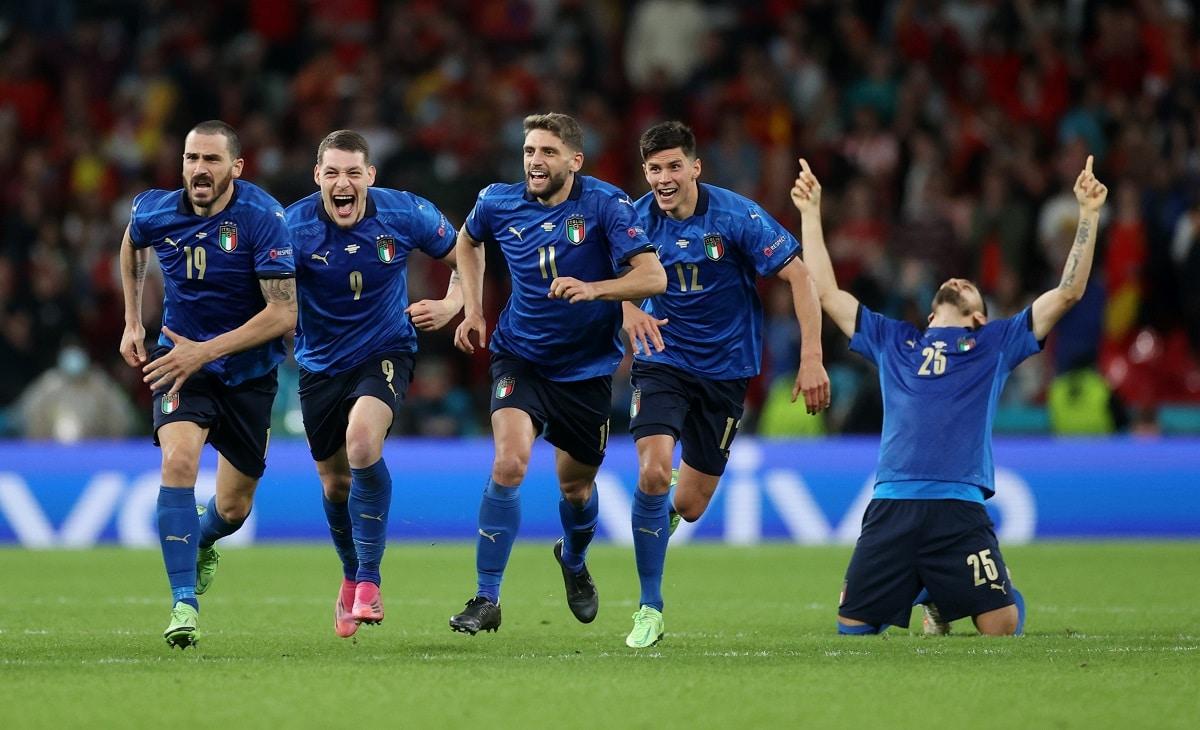 Itálie covid finále Eura v ohrožení