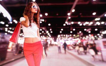 influencerka Emmy Russ tvrdí, že ji vyhodili z obchodního centra v Dubaji
