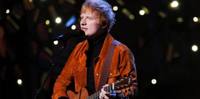 Zpěvák Ed Sheeran má covid