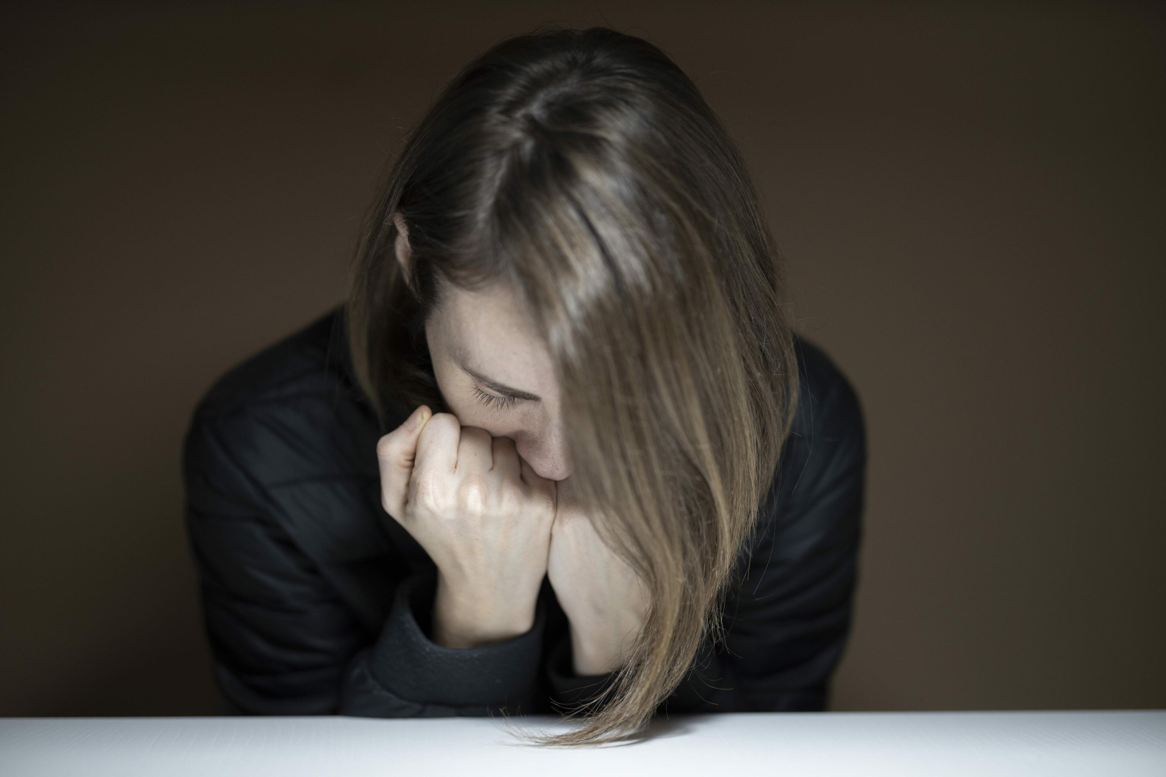 Pacientce při léčbě deprese pomohl mozkový implantát