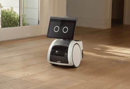Domácí robot Astro