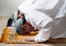 V ulicích Kolína nad Rýnem budou znít muslimské muzzeiny svolávající k modlitbám